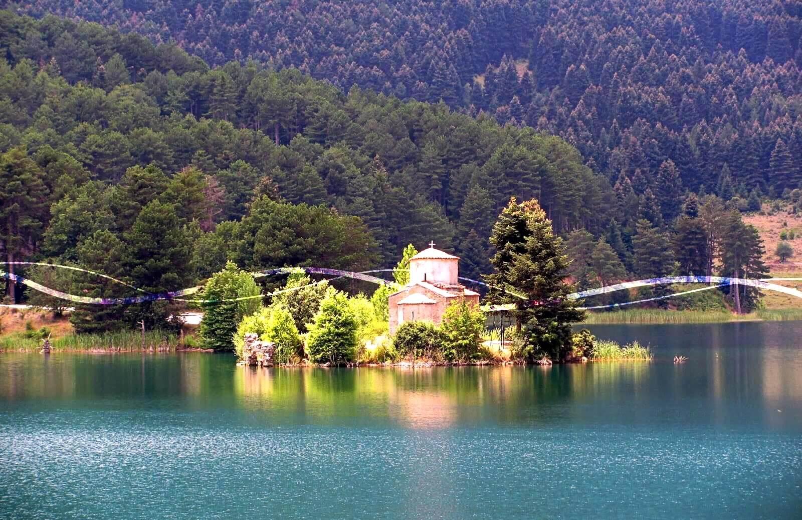 Lake Doxa, the Greek Alps!