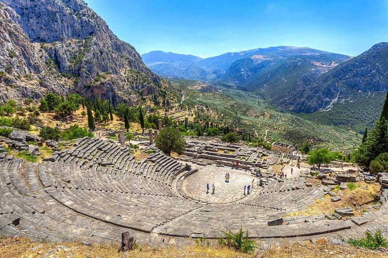 Delphi Day Tour